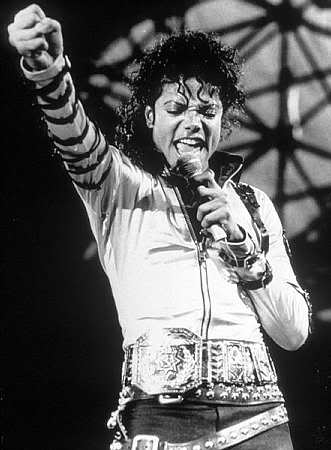 Bad World Tour Onstage- Various - Page 2 379