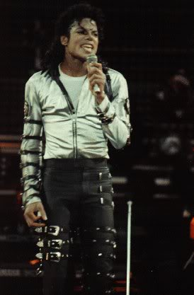 Bad World Tour Onstage- Various - Page 2 389