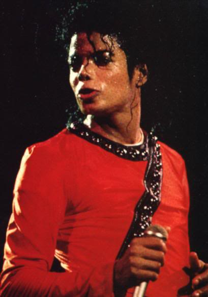 Bad World Tour Onstage- Various - Page 2 403