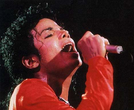 Bad World Tour Onstage- Various - Page 2 404