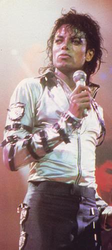 Bad World Tour Onstage- Various - Page 2 409