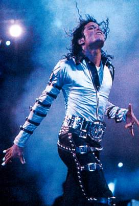 Bad World Tour Onstage- Various - Page 2 416
