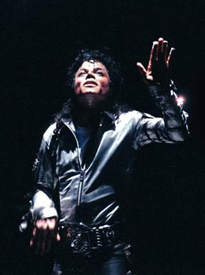 Bad World Tour Onstage- Various - Page 2 417