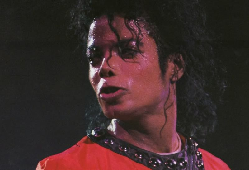 Bad World Tour Onstage- Various - Page 2 475
