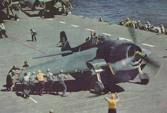 photo Grumman-F6F-3-Hellcat-fighter-squadron-VF-1_zps995df30b.jpg