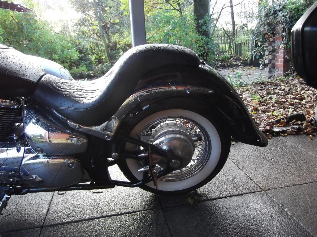 Clean Rear Fender .......... 2009 Suzuki C800 - Page 2 010_zps17cfa756