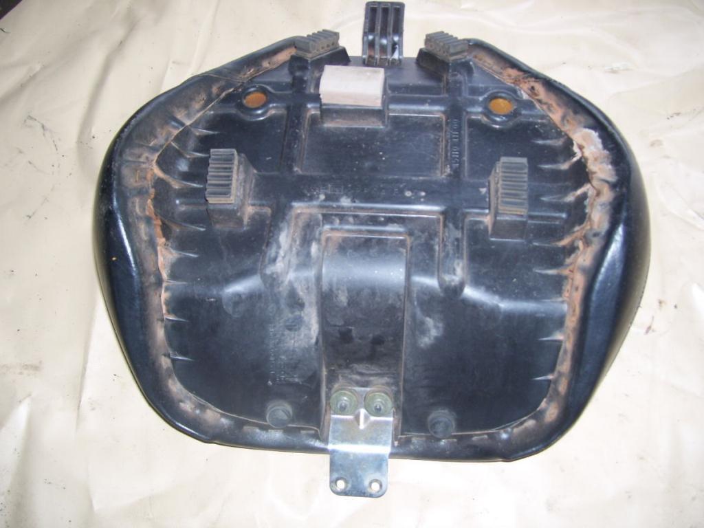 VL K1 Seat Swap for a C800 03seat_zps1cc1b780