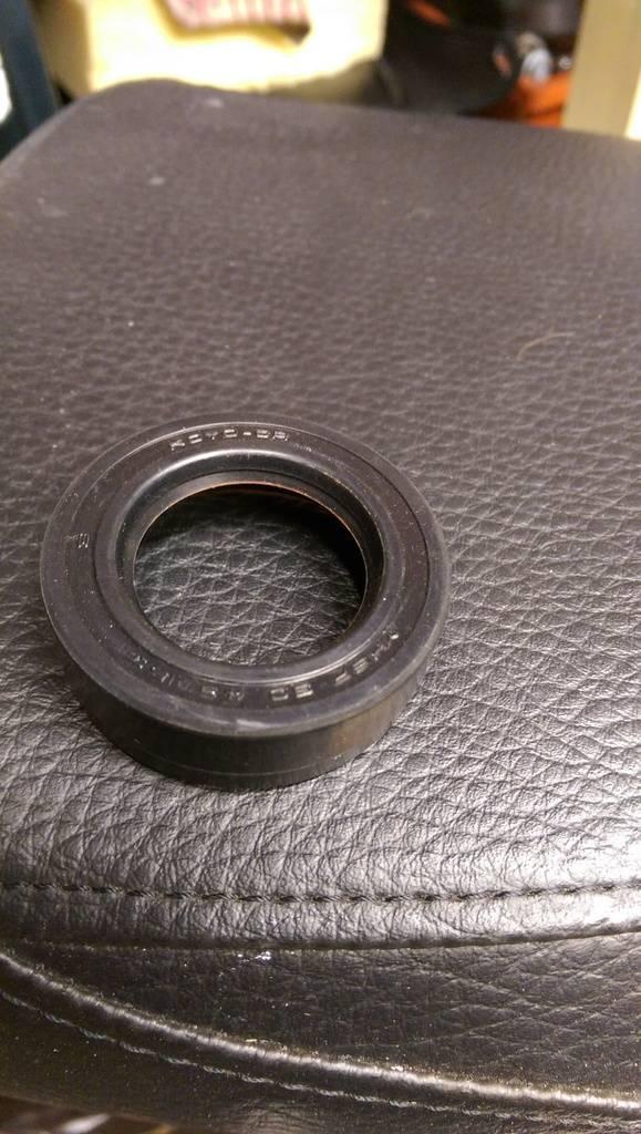 Drive shaft grease IMAG0266_zpsc9dir7t9