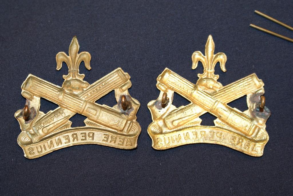 Régiment La Chaudière cap badge DSC03028_zpsjmpshxuf