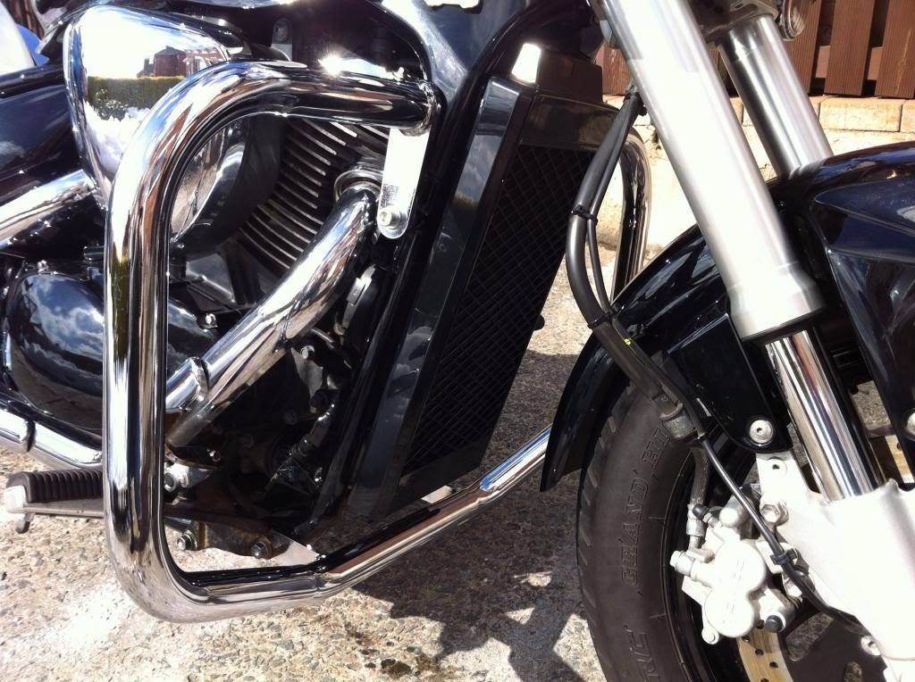 Engine Bars Fitted .......... 2010 Suzuki  M800 Photo