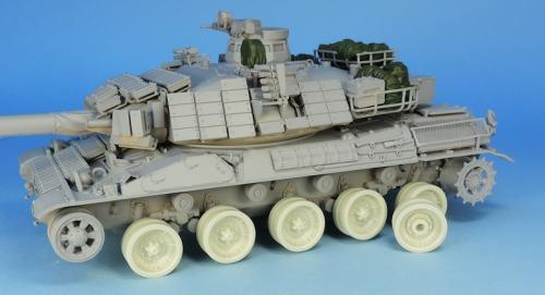 Nouveautés KMT (Kits Maquettes Tank). - Page 2 KMT%20Ref%20KMT35026K%20wheels%20AMX%2030%20Family%20Meng%20amp%20Tiger%20model%2001_zps8ljvpgkk
