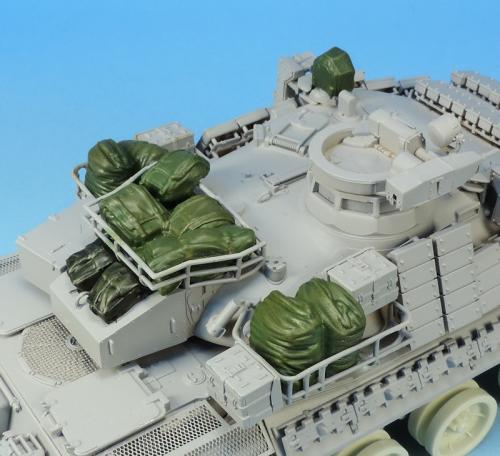 Nouveautés KMT (Kits Maquettes Tank). - Page 2 KMT%20Ref%20KMT35028K%20paquetages%20AMX%2030%20Brennus%20Tiger%20model%2002_zpsmizcbecz