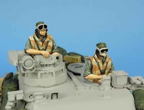 Nouveautés KMT (Kits Maquettes Tank). - Page 2 KMT%20Ref%20KMT35029F%20french%20tank%20crew%20Daguet%201990%2001_zps5zhmagg0