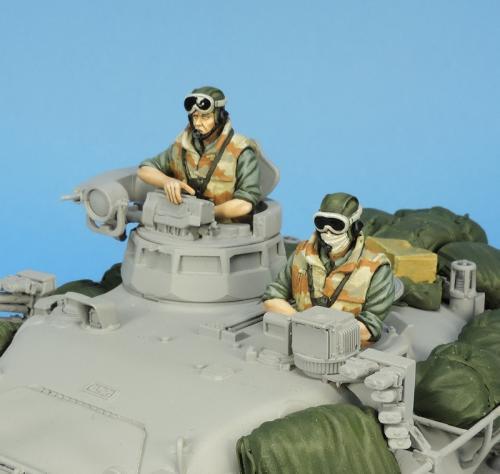 Nouveautés KMT (Kits Maquettes Tank). - Page 2 KMT%20Ref%20KMT35029F%20french%20tank%20crew%20Daguet%201990%2002_zpskxujnovm