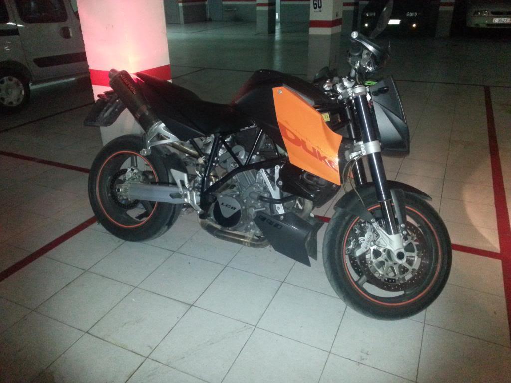Fotos de nuestras KTM 20121110_181723
