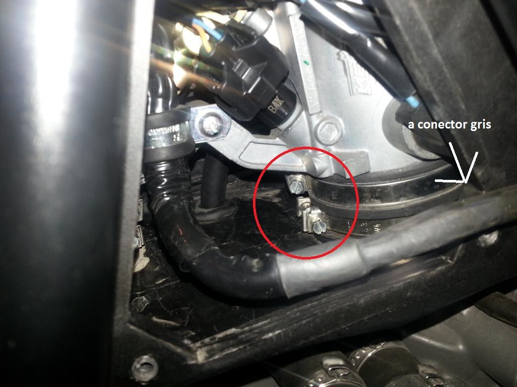 Tutorial cambio airbox de superduke a filtro espuma tipo motobox, cpr, motohooligan 2013-01-12183211_zpsb2db42e3-1_zps171cb79a