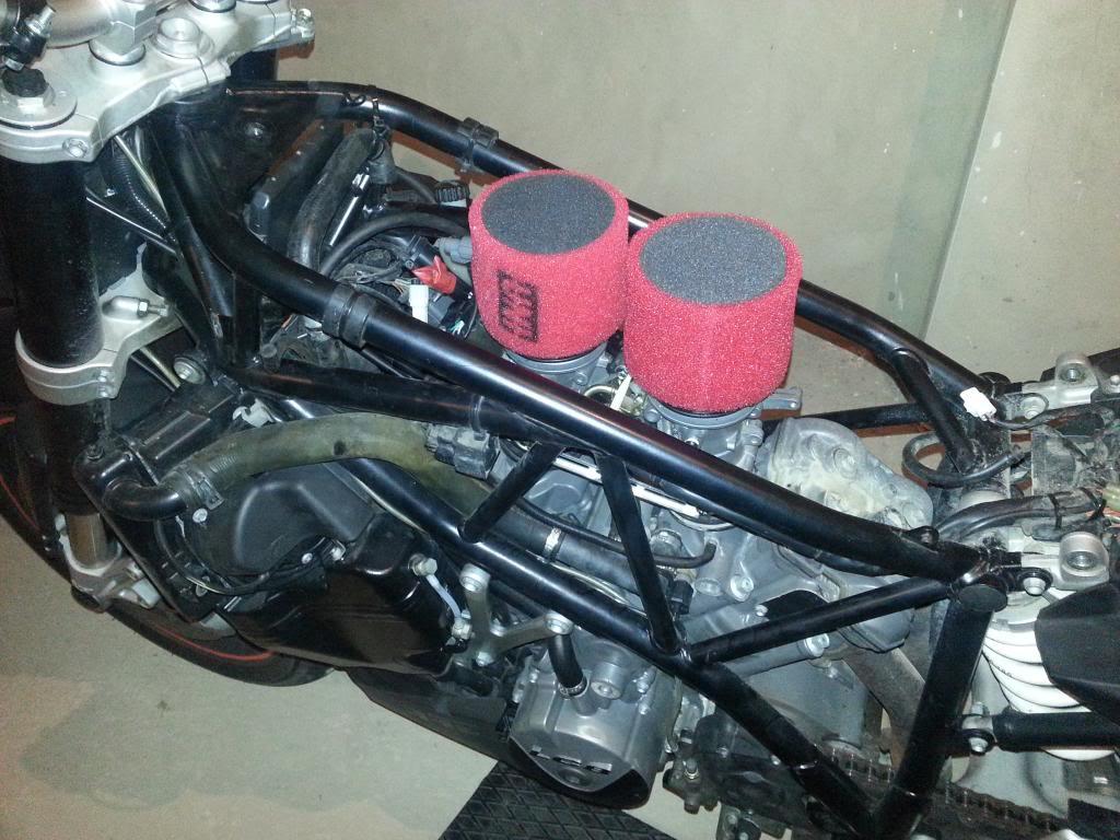 Tutorial cambio airbox de superduke a filtro espuma tipo motobox, cpr, motohooligan 2013-01-12185920_zpsc1c7a9bd