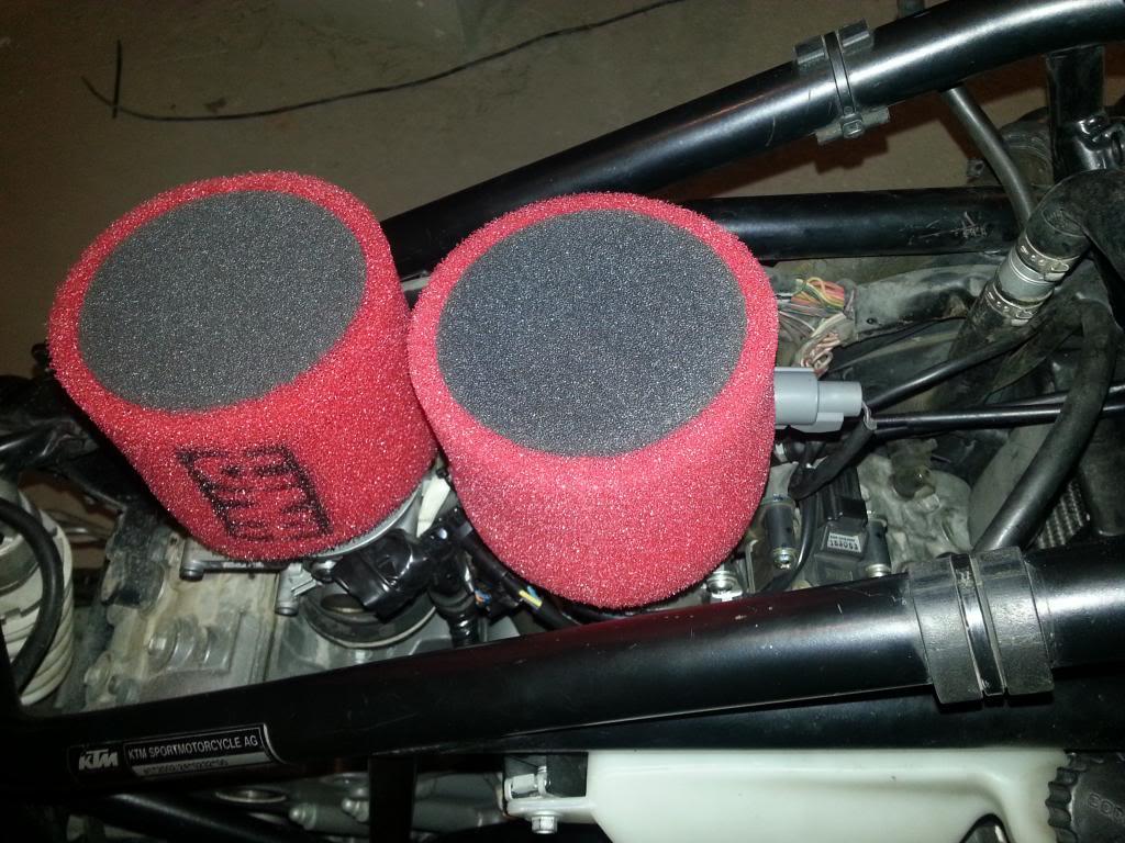 Tutorial cambio airbox de superduke a filtro espuma tipo motobox, cpr, motohooligan 2013-01-12185950_zps01850690