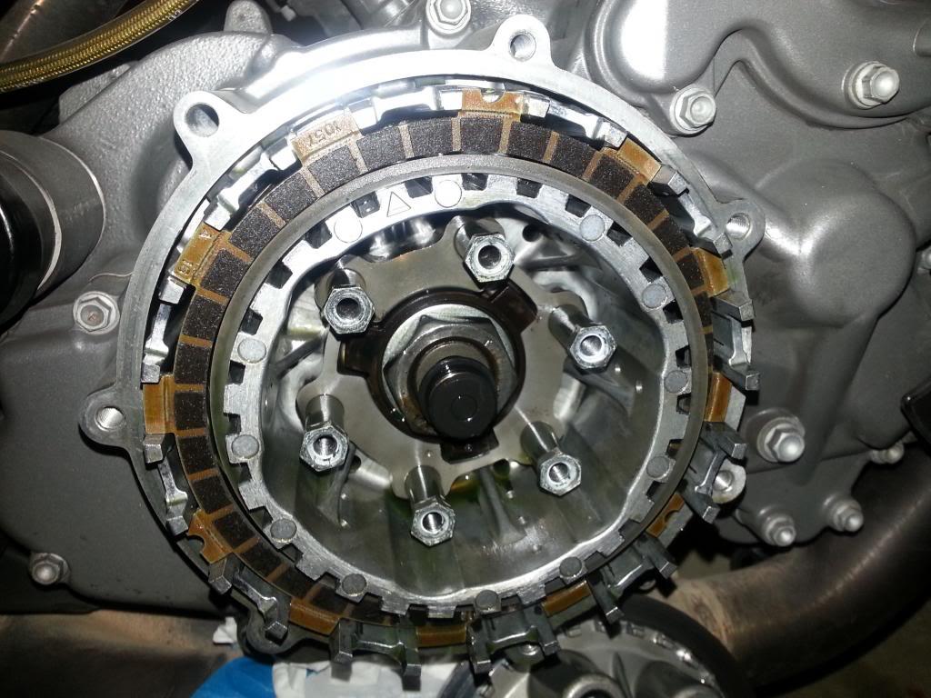 embrague - tutorial cambio de discos de embrague 20130228_133057_zps59c7434a