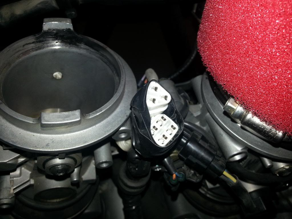 Tutorial cambio airbox de superduke a filtro espuma tipo motobox, cpr, motohooligan - Página 2 20130228_152125_zps35f96e8a