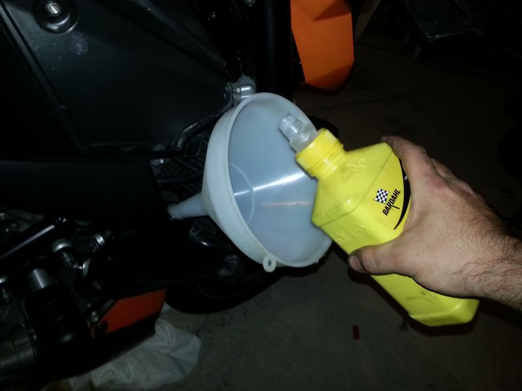 aceite - tutorial cambio aceite lc8 20130515_180701_zps35e5ef58