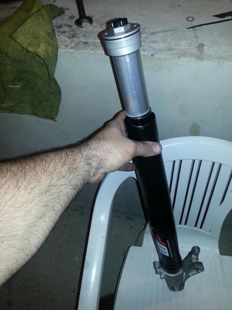 tutorial revisar y cambiar aceite horquillas wp superduke 20130521_141852_zpse51dcb1b