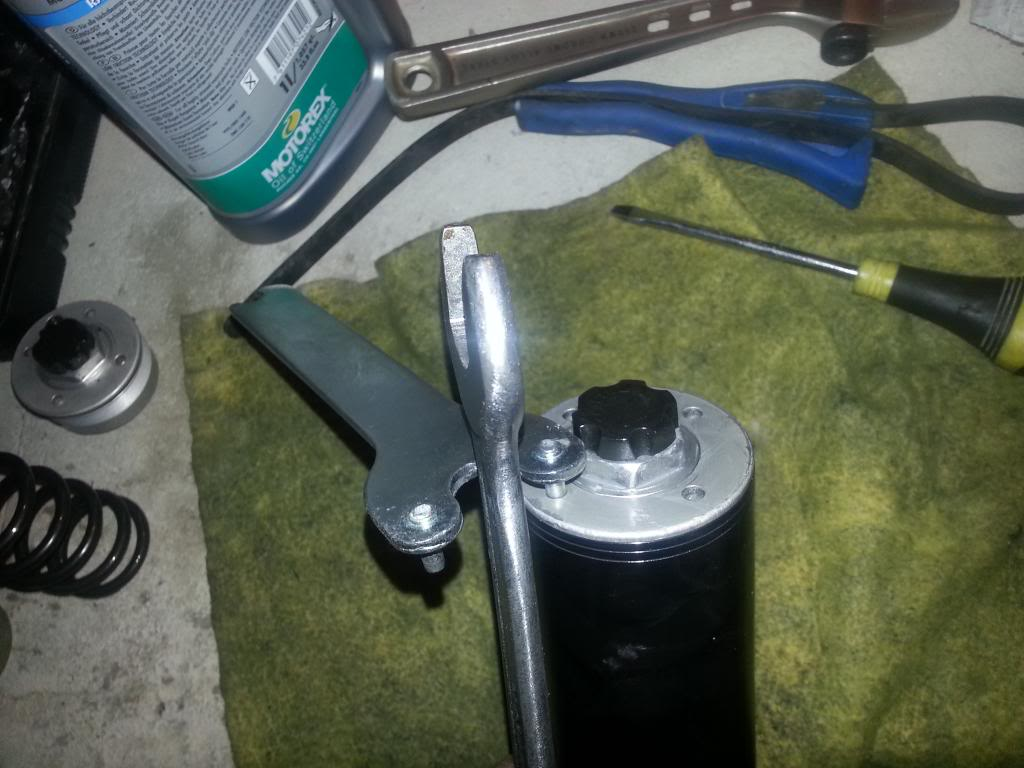 tutorial revisar y cambiar aceite horquillas wp superduke 20130521_150455_zps41e23baf