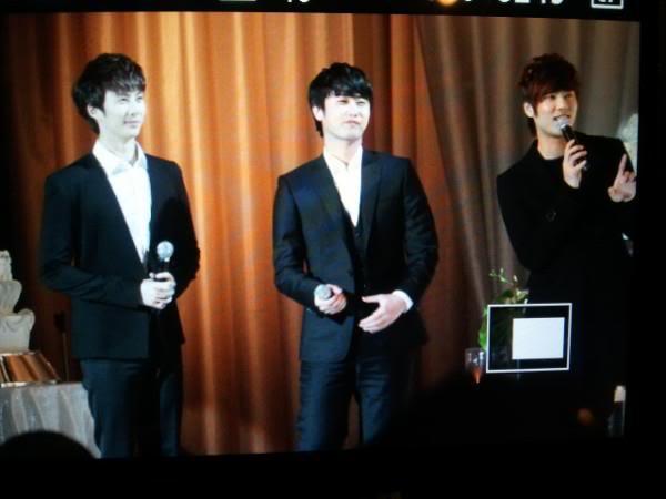 Kim Hyun Joong, Heo Young Saeng, Kim Kyu Jong y Kim Hyung Jun en la boda del CEO de B2M Entertainment Kil Jong-Hwa Shj1