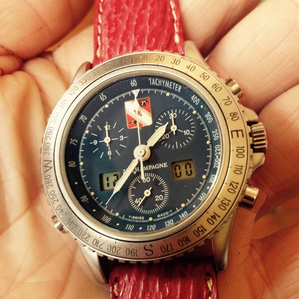 flieger - montres de pilote type 20 ... et .. autre militaire .. - Page 5 D9F21388-F3A8-4CF2-8412-FD72FACFB5B9_zpsqobcmfic