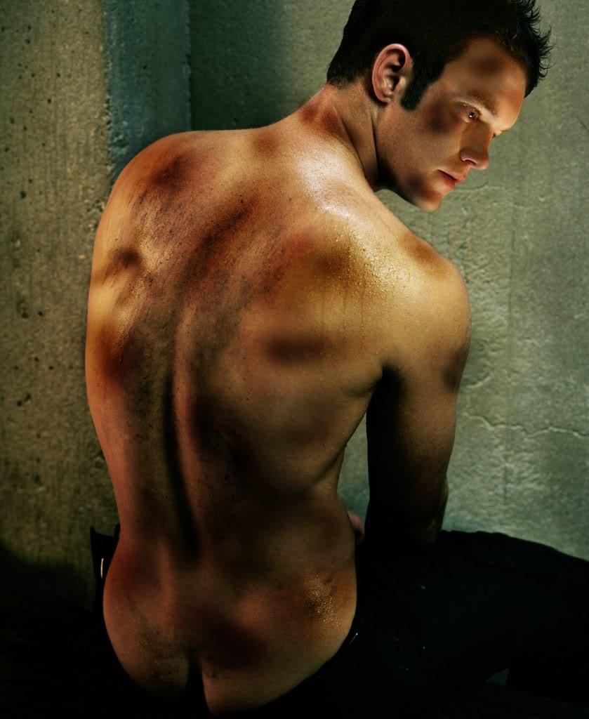 Troys Triumph Story_Ianto_naked_back_bruised
