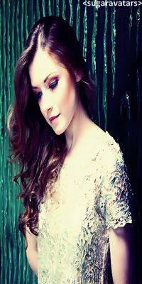 Sarah Bolger Sarah-Bolger-Princess-Aurora-once-upon-a-time-32253267-500-396copy_zps5fc7f96e