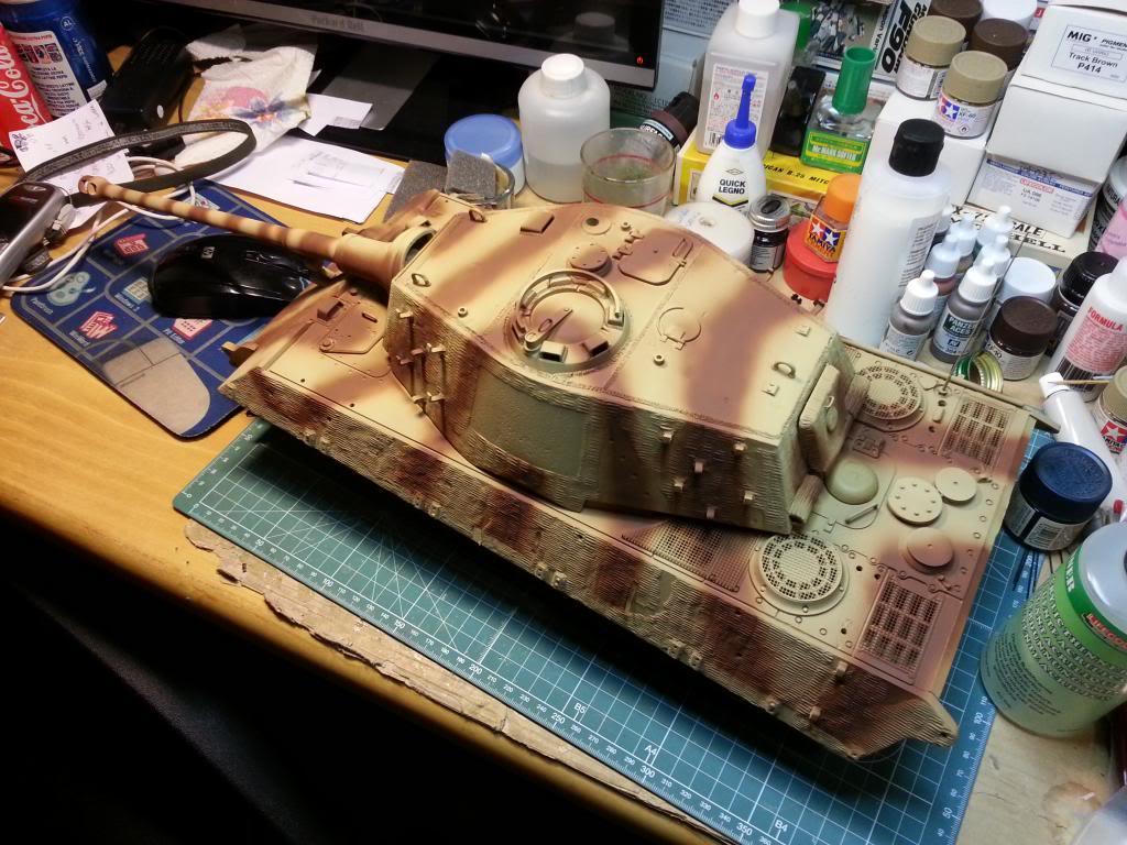 King Tiger Pz.Abt. 505 WIP - Pagina 10 20130217_204656