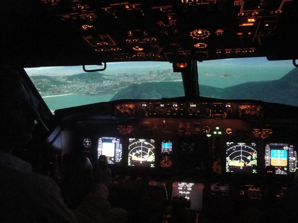 Visita ao Simulador do 737-800NG na SIM Industries DSC01991_zpsce8dc777