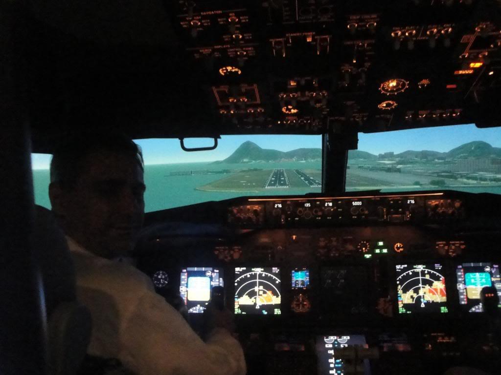 Visita ao Simulador do 737-800NG na SIM Industries DSC01995_zps8c63637c