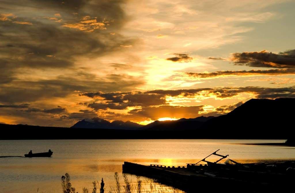 """Fs9"" Aproximação Atlin .... Alaska FishermenAtlinLakeBritishColumbiaatsunset"
