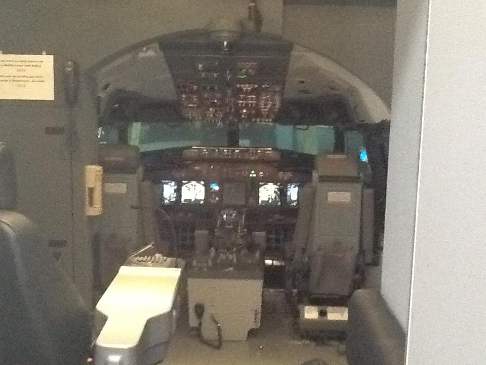 Visita ao Simulador do 737-800NG na SIM Industries IMG_1579_zps210d9d02
