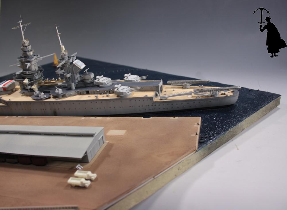 Diorama du Richelieu a Dakar 1940 -41 Trumpeter au 350em  - Page 3 Rd1010_zps4wr89f3d