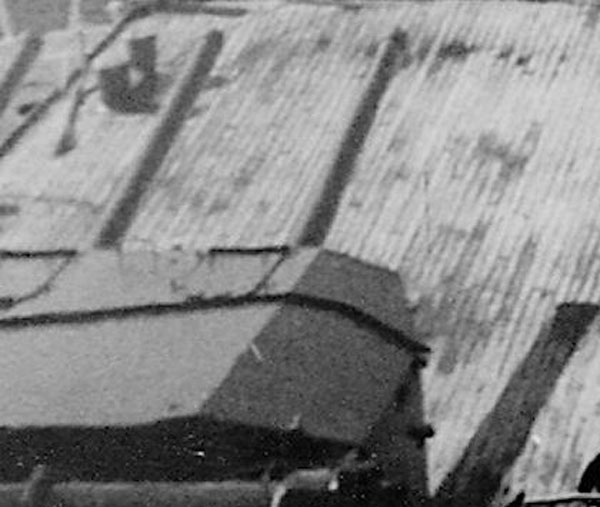 Diorama du Richelieu a Dakar 1941-42 Trumpeter  au 350em 2eme partie Rd516_zps23eb7f5b