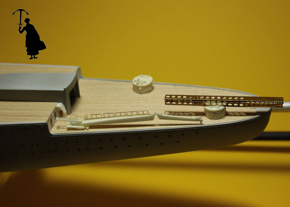 Diorama du Richelieu a Dakar 1941-42 Trumpeter  au 350em 2eme partie - Page 2 Rd537_zps7b40ee8b