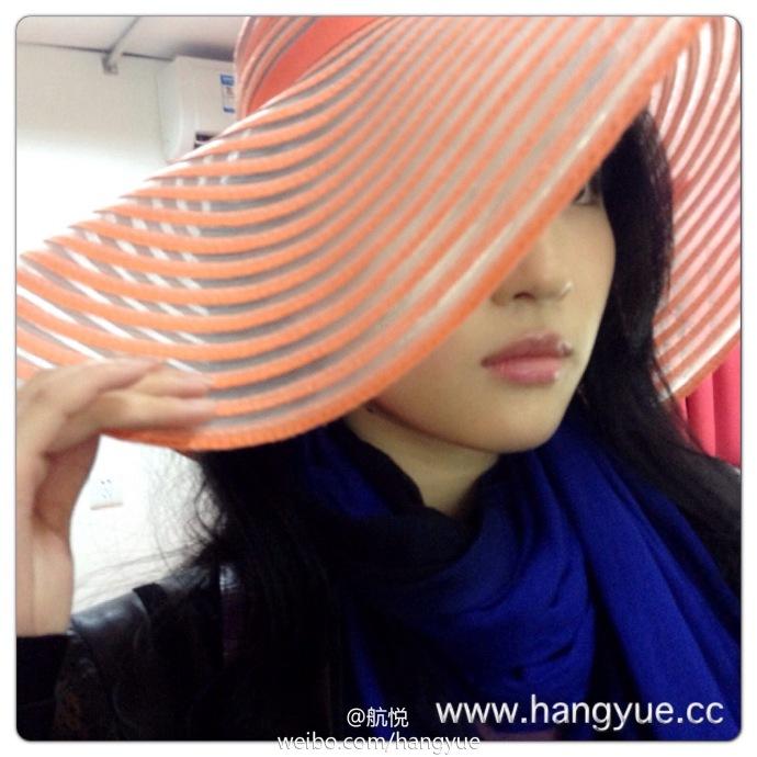 รวมภาพถ่ายจาก Blog และ Sina weibo Hang Yue  - Page 3 14a6856e2jw1e9o4d9vq5pj218g18g14h1