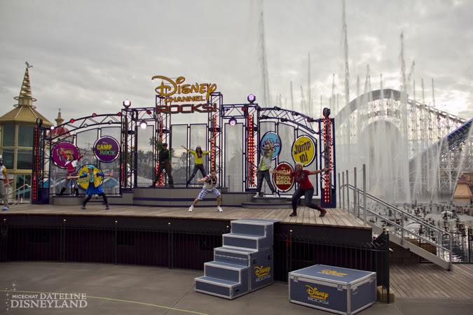 [Disney's Hollywood Studios & Disney California Adventure] Disney Channel Rocks! (octobre 2010) IMG_0161