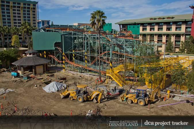 [Disney California Adventure] Placemaking: Pixar Pier, Buena Vista Street, Hollywood Land, Condor Flats - Page 4 IMG_3697