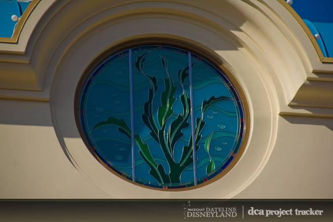 [Disney California Adventure] The Little Mermaid: Ariel's Undersea Adventure (2011) - Page 6 IMG_0127