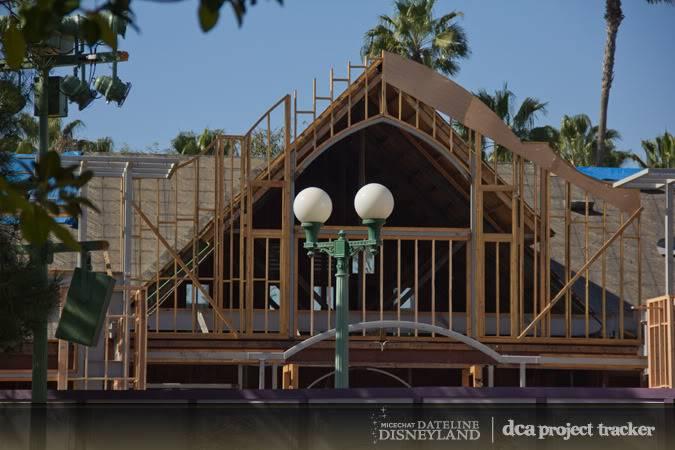 [Disney California Adventure] Placemaking: Pixar Pier, Buena Vista Street, Hollywood Land, Condor Flats - Page 4 IMG_0253