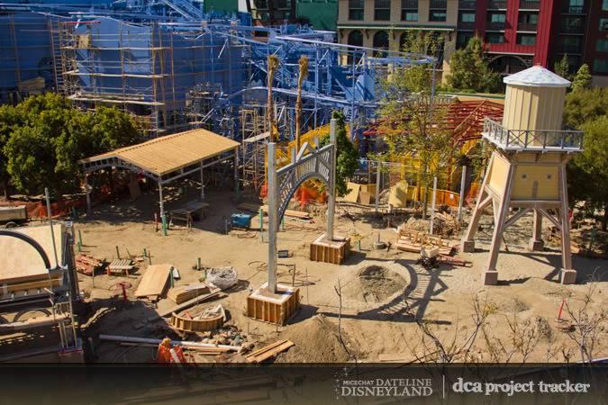 [Disney California Adventure] Placemaking: Pixar Pier, Buena Vista Street, Hollywood Land, Condor Flats - Page 5 IMG_9419