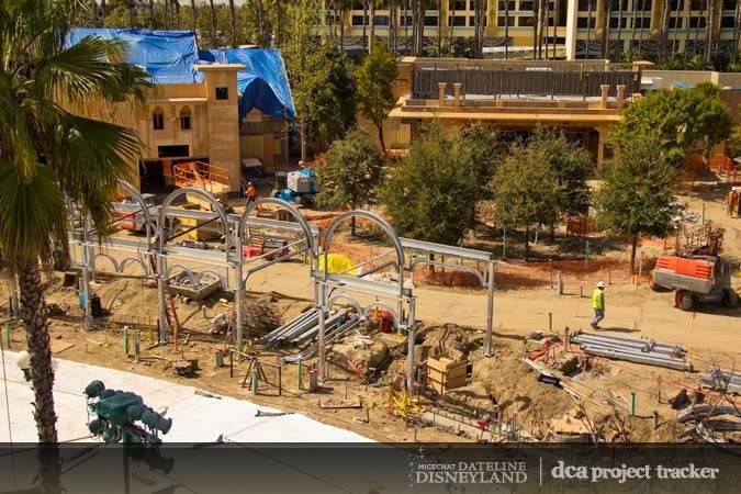 [Disney California Adventure] Placemaking: Pixar Pier, Buena Vista Street, Hollywood Land, Condor Flats - Page 4 IMG_3424