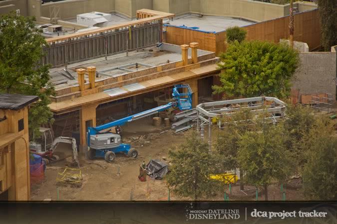 [Disney California Adventure] Placemaking: Pixar Pier, Buena Vista Street, Hollywood Land, Condor Flats - Page 5 IMG_6537