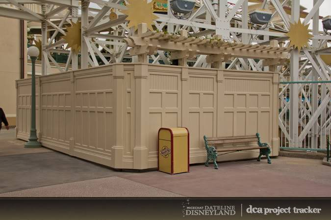[Disney California Adventure] Placemaking: Pixar Pier, Buena Vista Street, Hollywood Land, Condor Flats - Page 5 IMG_7592