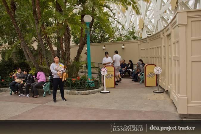 [Disney California Adventure] Placemaking: Pixar Pier, Buena Vista Street, Hollywood Land, Condor Flats - Page 5 IMG_7745