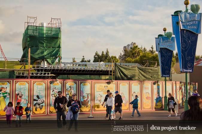 [Disney California Adventure] Placemaking: Pixar Pier, Buena Vista Street, Hollywood Land, Condor Flats - Page 5 IMG_8881